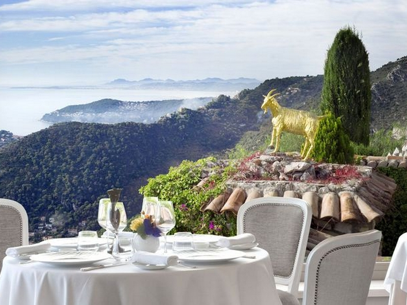 La ch vre d or eze village concierge h tel belles for Cafe du jardin eze