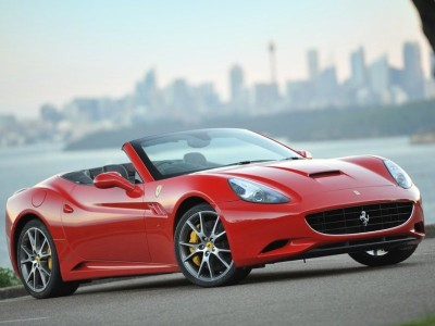 Ferrari-California_2009_800x600_wallpaper_02